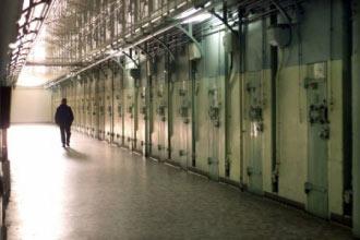 couloirprison.jpg
